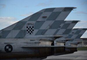 vojni zrakoplovi