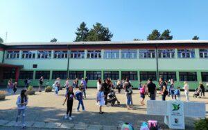 školska